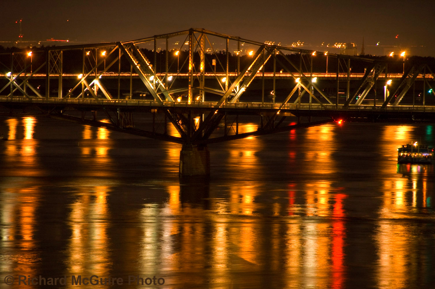 Alexandra Bridge at night, Ottawa, Canada