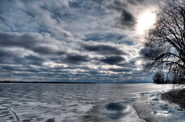 Ice on Lake Ontario